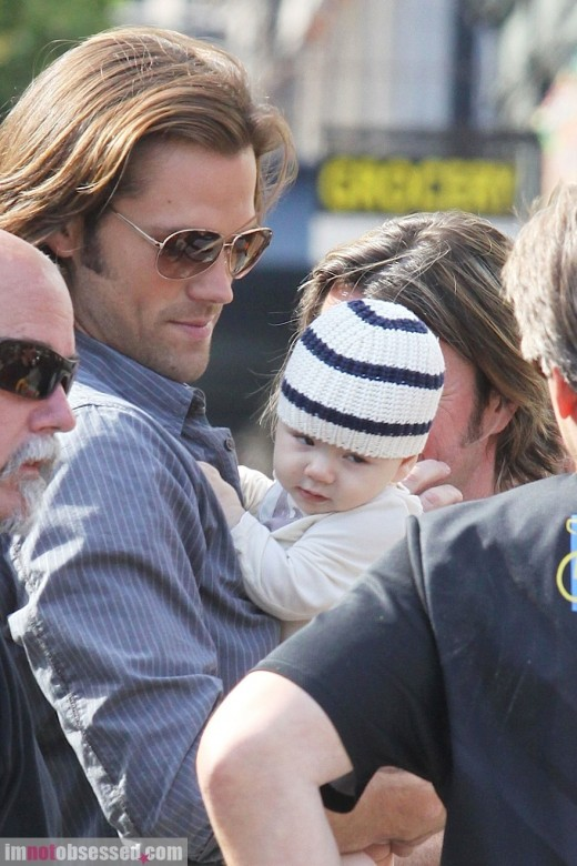 Jared Padalecki Gets A Surprise Visit On Set » Gossip | Jared Padalecki