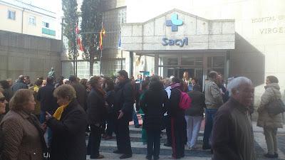 protestas frente al hospitla de bejar