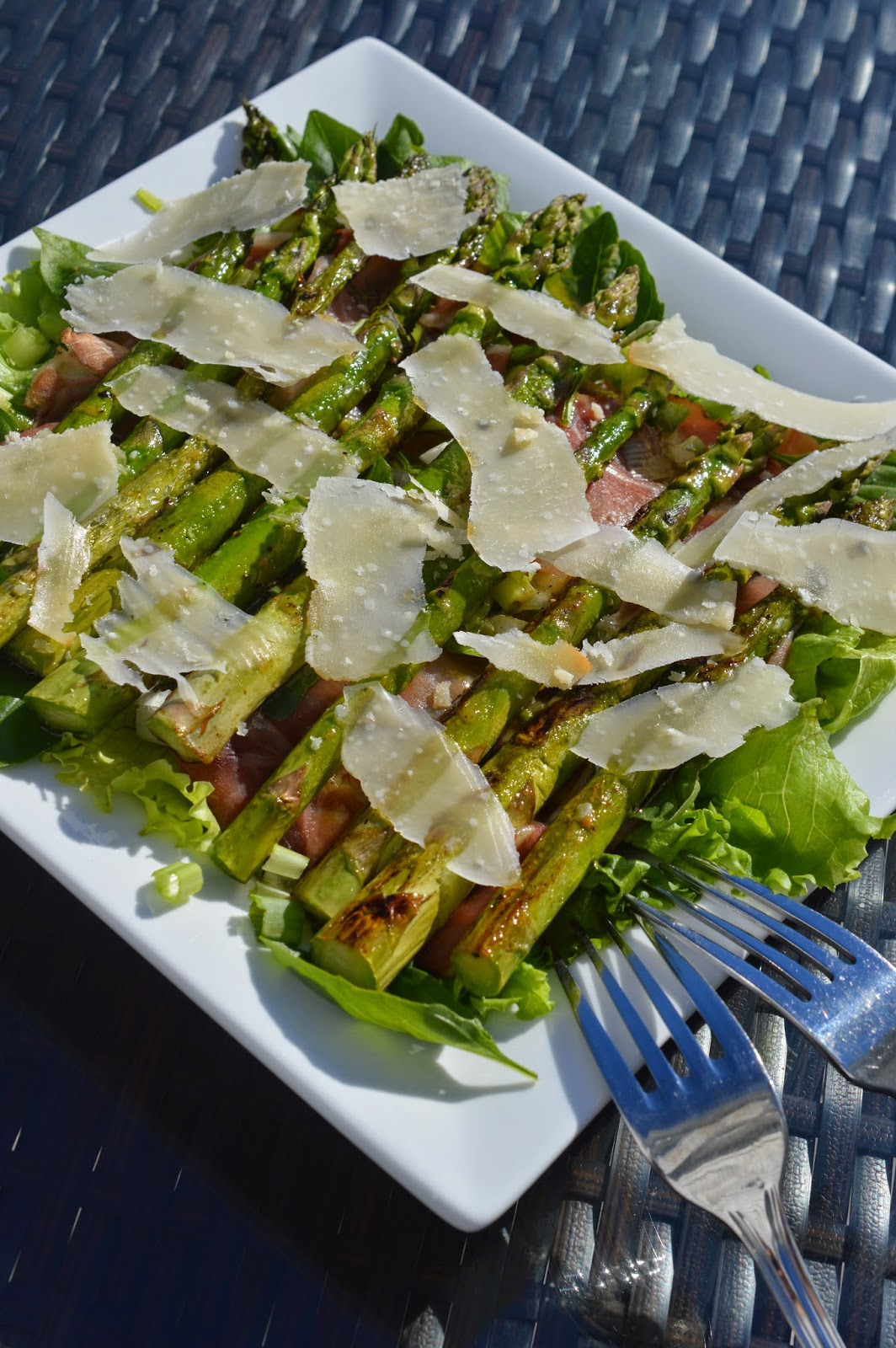 Lili popotte salade d 39 asperge et de proscuitto - Accompagnement homard grille ...
