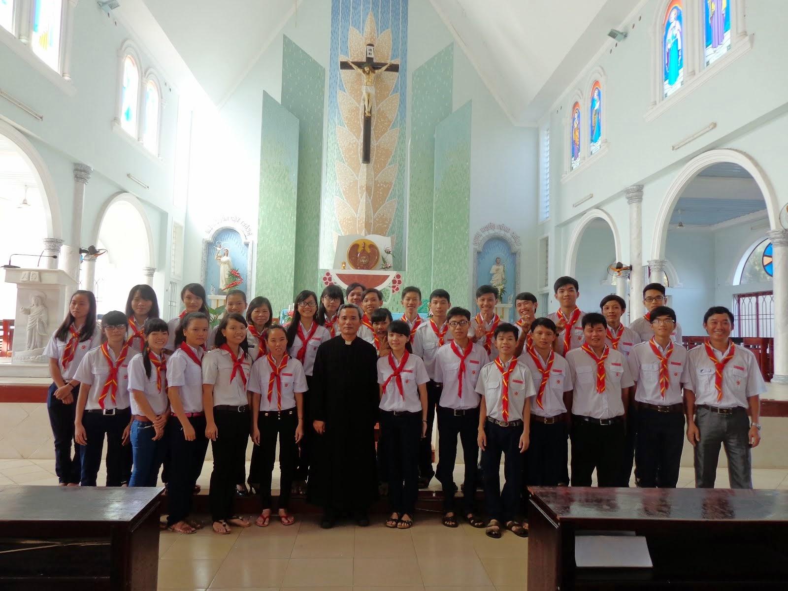 TRAO KHĂN H.TRƯỞNG Ngày 23.11.2014