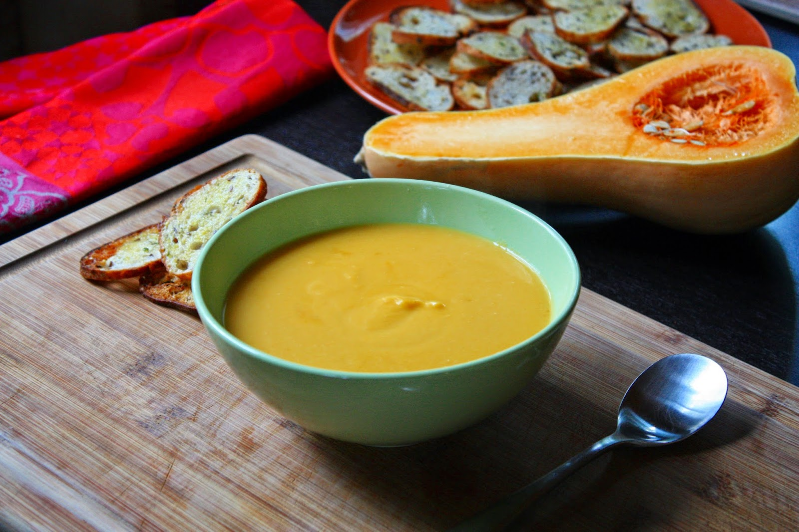 Kürbissuppe mit Birne und Vanille