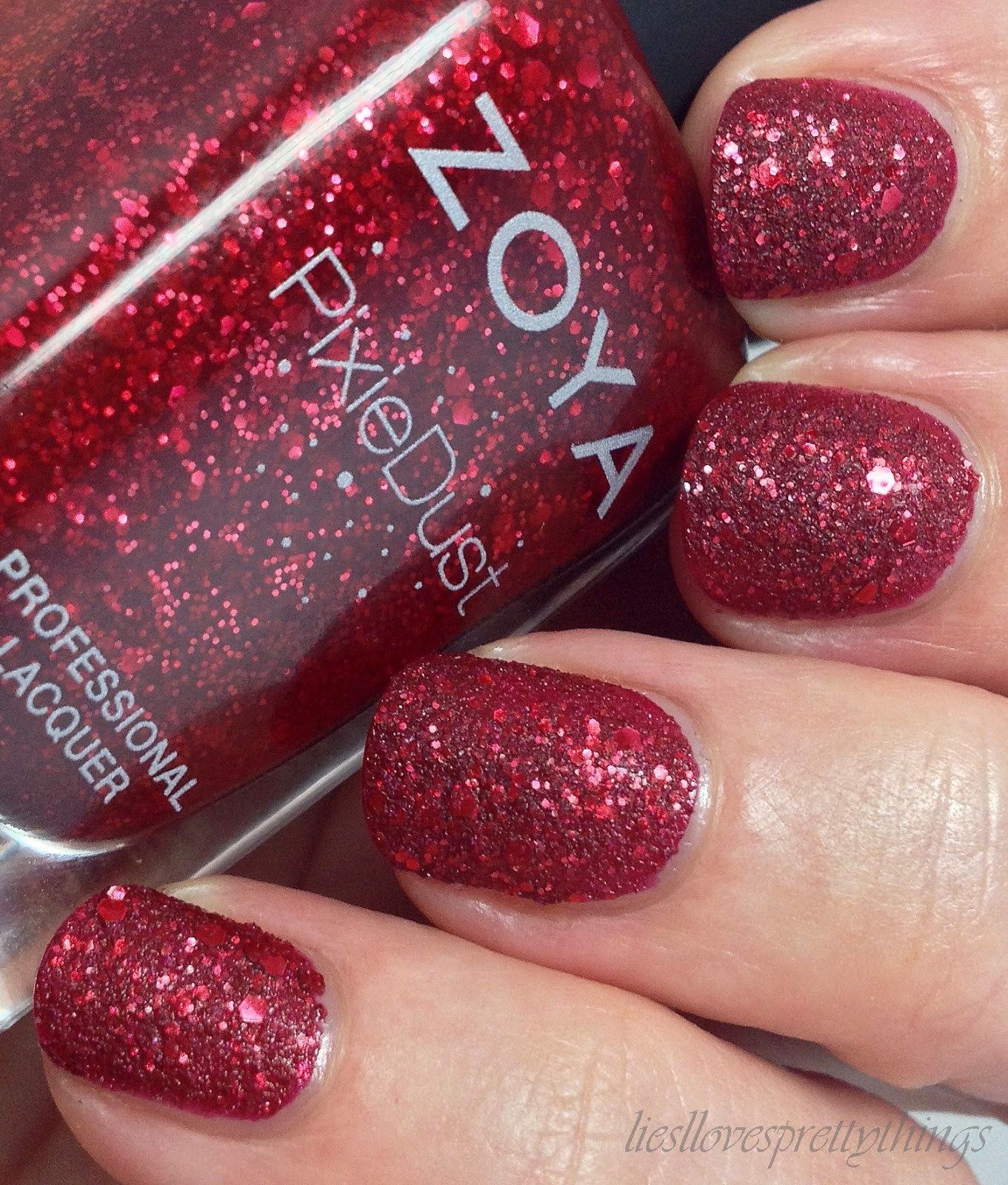 Zoya Oswin swatch and review