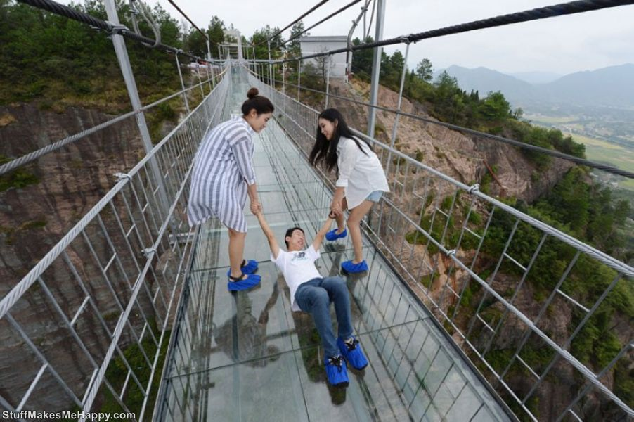The World's Longest Glass Bridge in Hunan, Tourists in Shock