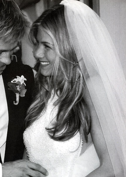 wedding hair updos-jennifer-aniston-wedding-brad-pitt-hair-cut