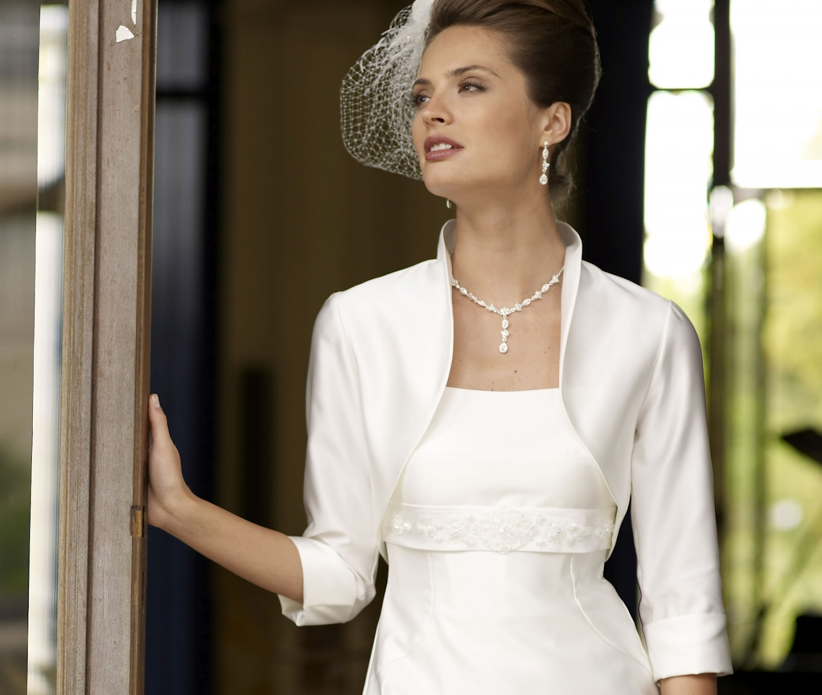 Atemberaubend Brautkleider Bolero Jacke Fotos - Brautkleider Ideen ...