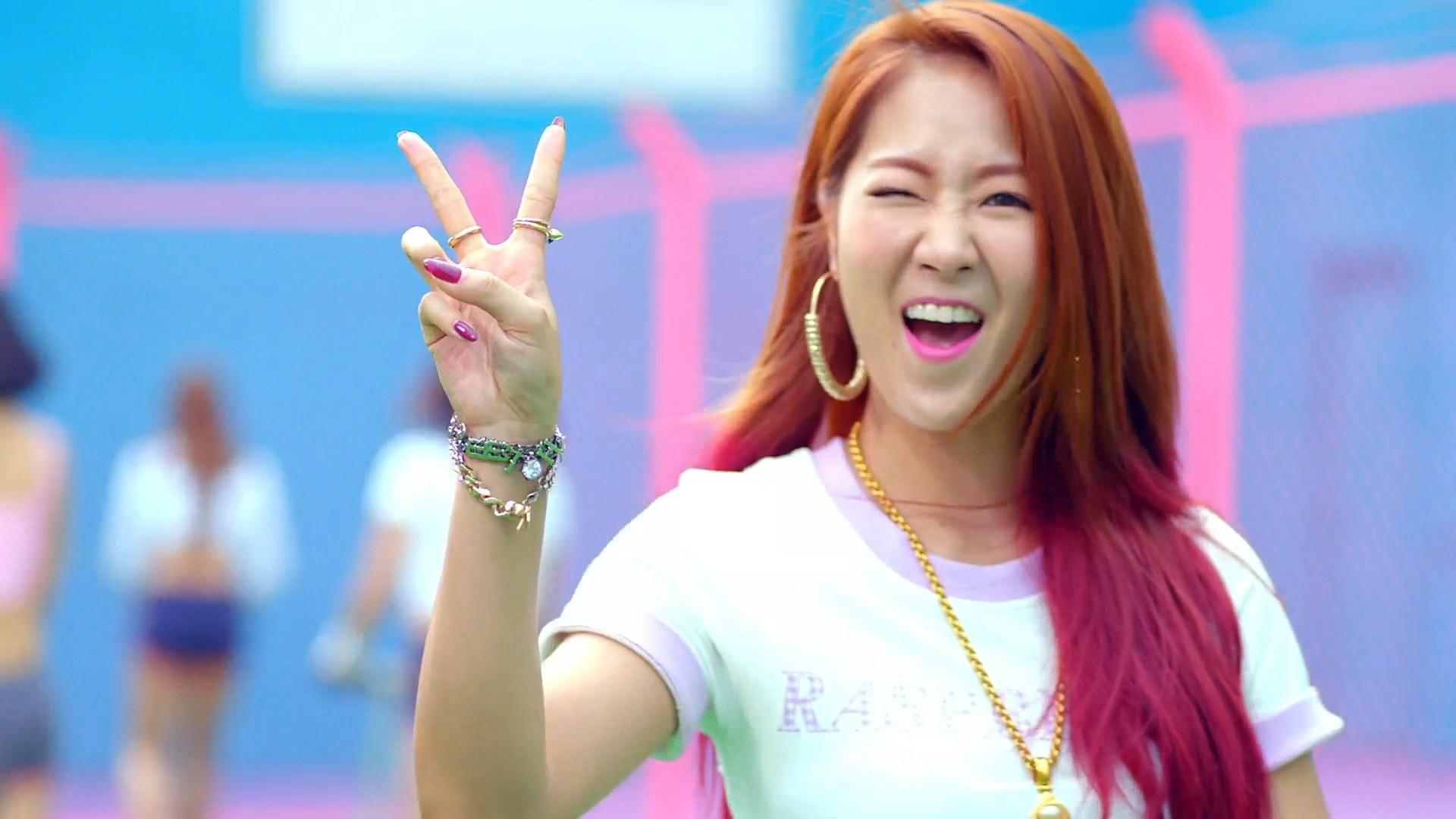 Sistar Bora Wallpaper SISTAR: Shake It MV α...