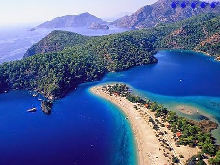 Fethiye-Turcia-plaja-statiune