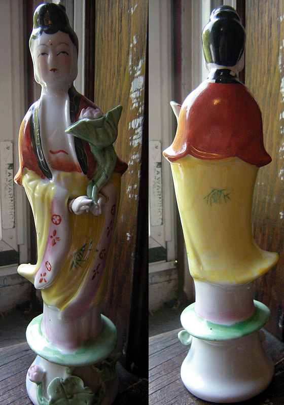 Modern Chinese Ceramic Kwan Yin Statue with Detachable Hand