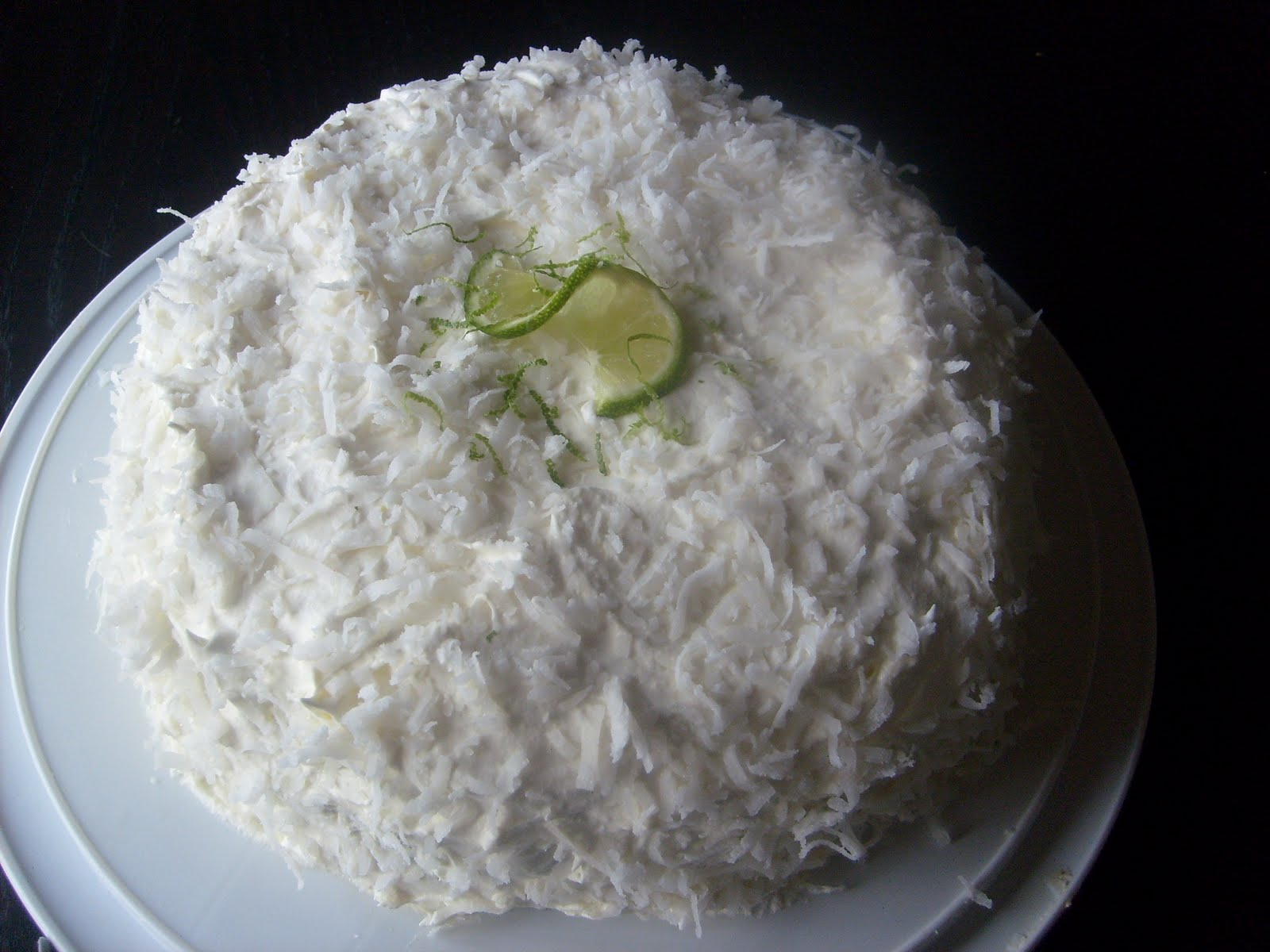 Coconut Lime Berry Cake Ã'Â« Urban Strawberries Cake ...