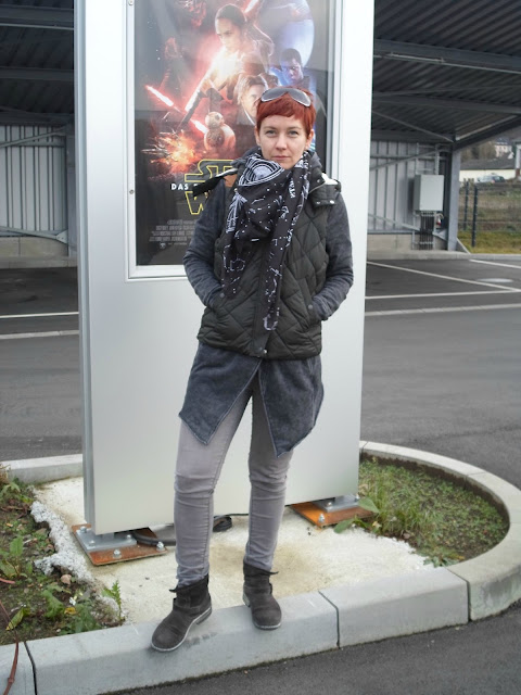 Padded Vest, Asymmetric Cardigan, Grey Skinnies, Biker Booties & Constellation Scarf for Star Wars The Force Awakens || Funky Jungle, mindful fashion and petite personal style blog