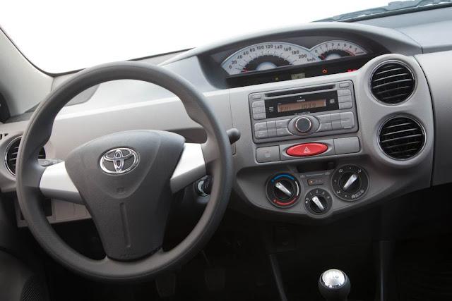 Toyota-Etios+-+Interior.jpg