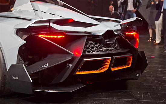 2018 lamborghini egoista. brilliant lamborghini its interior is like any jet planeeven in getting out of the vehicle lamborghini  egoista requires a pilot more than driver real top gun inside 2018 lamborghini egoista o