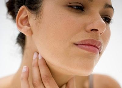 Những cách trị viêm họng nhanh mà hiệu quả