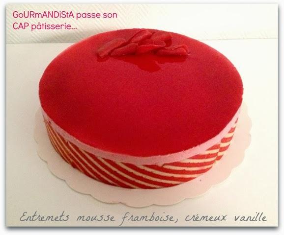 image GoURmANDiStA passe son CAP pâtisserie : Entremets mousse framboise, créméux vanille