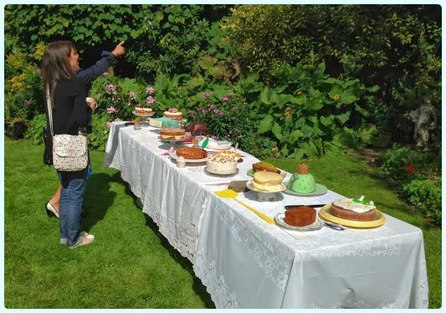 Garden party cake club
