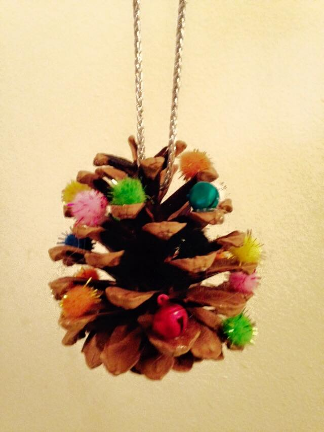 Life with eloise pine cone christmas tree ornament for Pine cone christmas tree ornaments