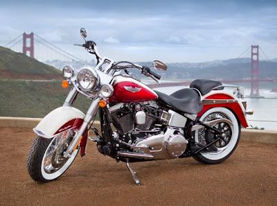 Harley Davidson,Fotos e Vídeo da linha Harley-Davidson 2013