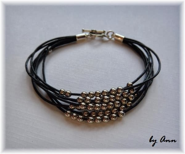 bransoletka czarna sznurek woskowany posrebrzane kuleczki
