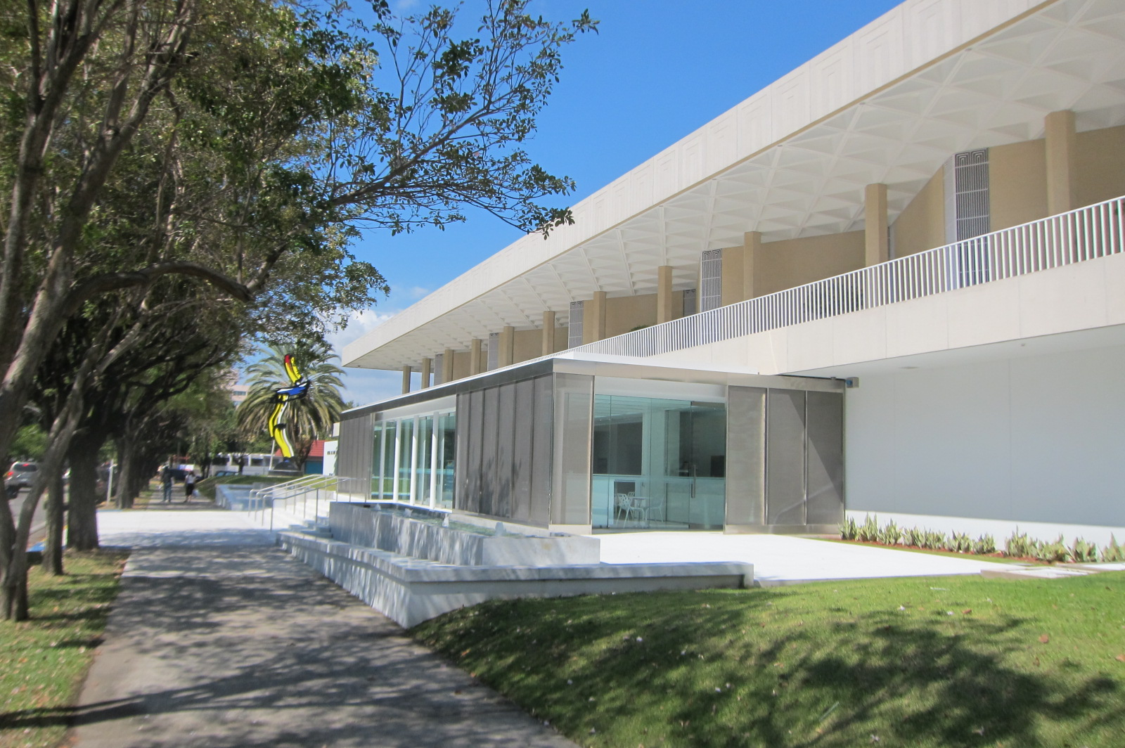The Ponce Museum Of Art, Designed By Edward Durell Stone, Was Originally  Built In 1965 And Renovated In 2010. The Original Museum Is Reminiscent Of  The ...