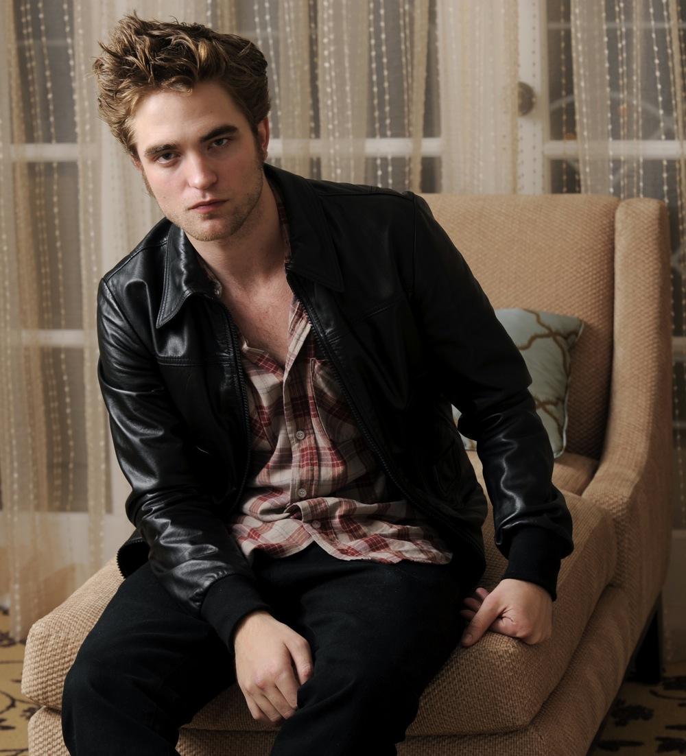 Robert Pattinson: Doll Maison: Remember Me
