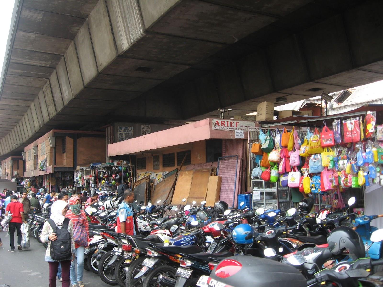 two and two more exploring jakarta pasar pagi lama