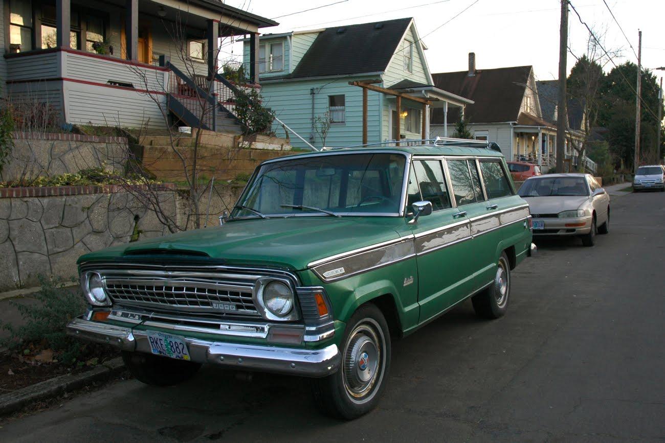 http://3.bp.blogspot.com/--pv2qfK79Us/TxbgL8OLa1I/AAAAAAAAN2U/cpKchY8zIFQ/s1600/1973-Jeep-Wagoneer-4-door-four-SUV-Sport-Utility-Vehicle-AMC-V8-Vigilante-Quadra-Trac-Full-Time-4wd-Four-4-Wheel-Drive-Ahoo-TH400-automatic-transmission-THM400-A727-A999-three-four-speed-1.jpg