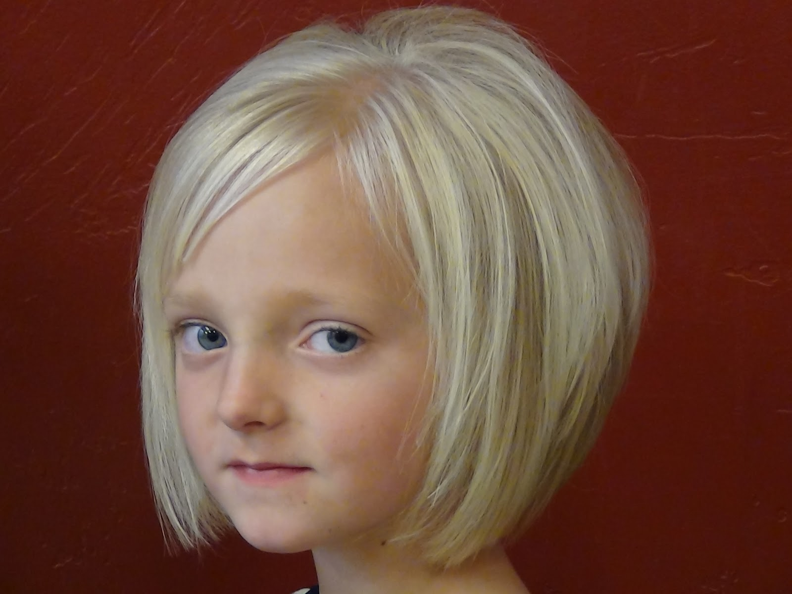 hairstyles for little girls try one of these cute short hairstyles  title=