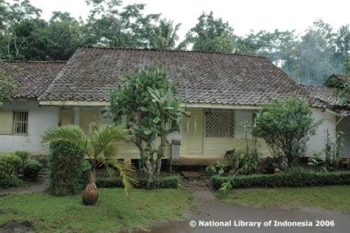 Sejarah Candi Cangkuang Garut - Kampung Pulo