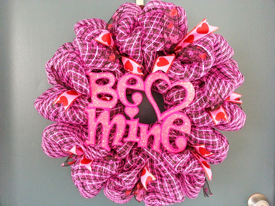 valentines day pink and black deco mesh wreath with wooden be mine sign