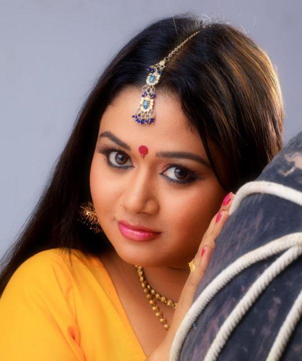 Kajal serial actress saranya