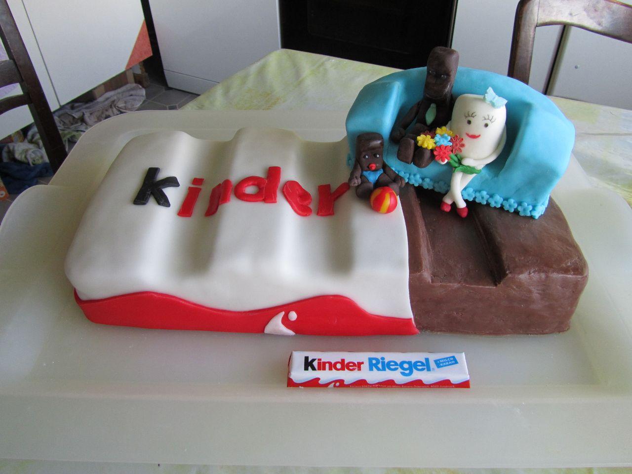 eve 39 s kinder rezepte riesen kinder riegel torte. Black Bedroom Furniture Sets. Home Design Ideas