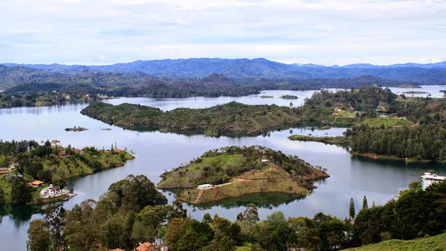 Guatape paisajes naturales de colombia