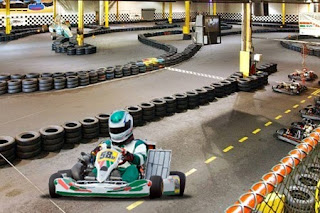 Action 500 karting paintball 10 for 10 minute indoor for Go kart montreal exterieur