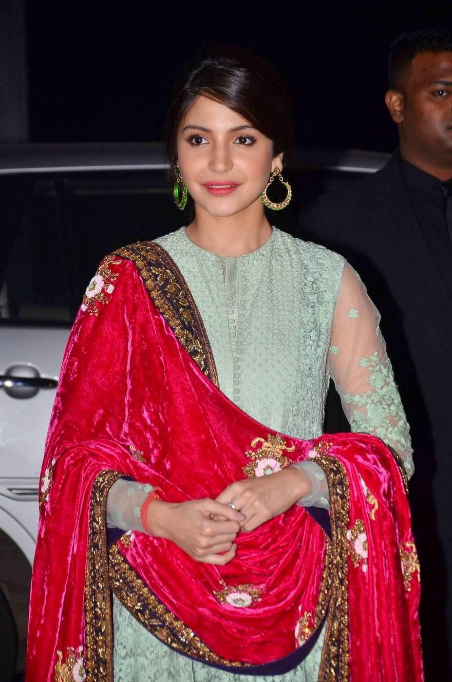 Actress Anushka Sharma Latest Cute Hot Spicy Photos Gallery At Udhay-Shirin Wedding Reception