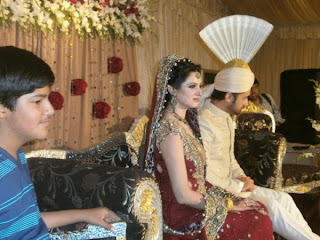 Atif-Aslam-and-Sara-Bharwana-Barat-Function-3-600x450