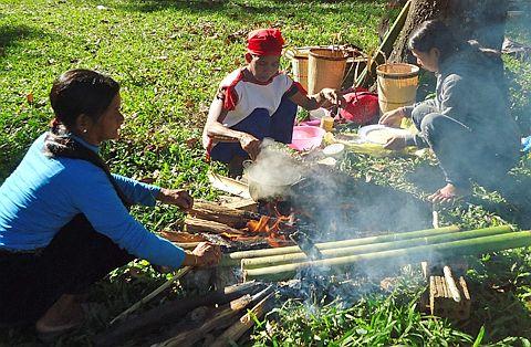 Độc đáo ẩm thực nấu ống lồ ô Kon Tum 2
