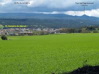 El Pla de la Calma i el Turó del Tagamanent des del camí de l'Ajuda