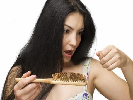 Faktor Penyebab Rambut Panjang Anda Rontok