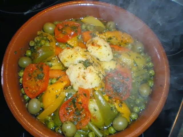 مقادير و طريقة تحضير طاجين الدجاج بالخضر