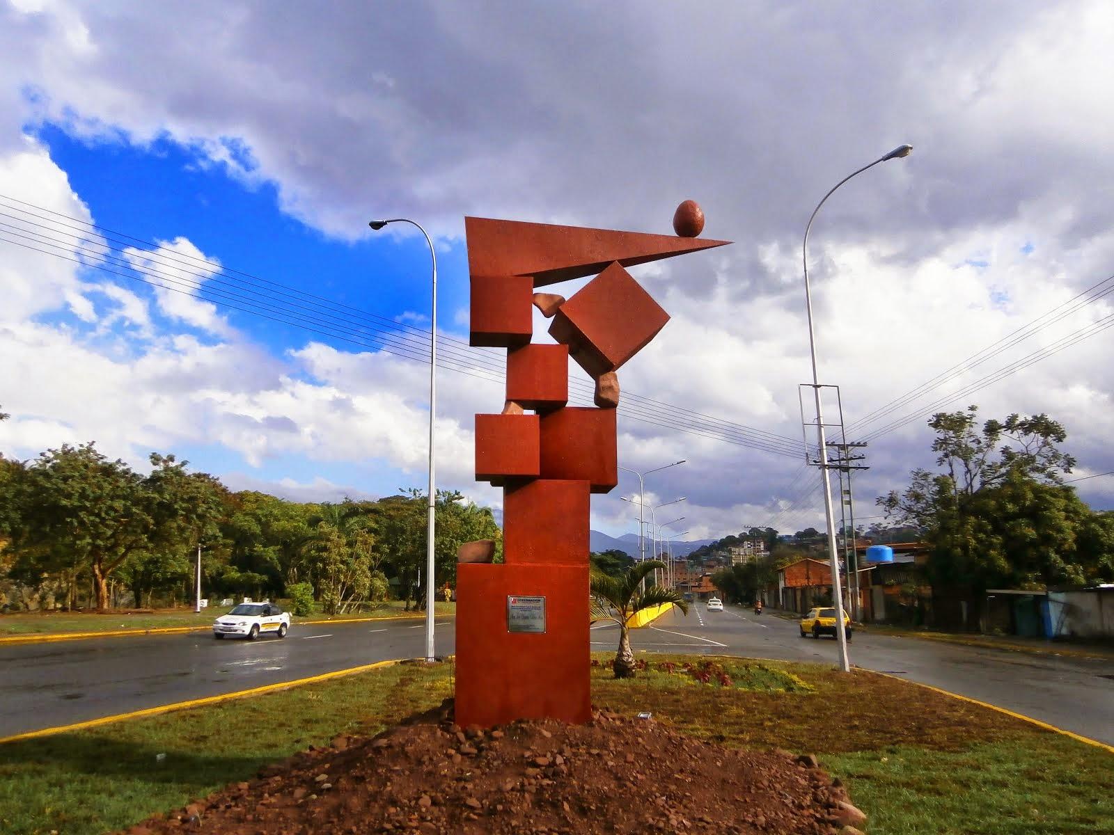 Machirí en equilibrio escultura