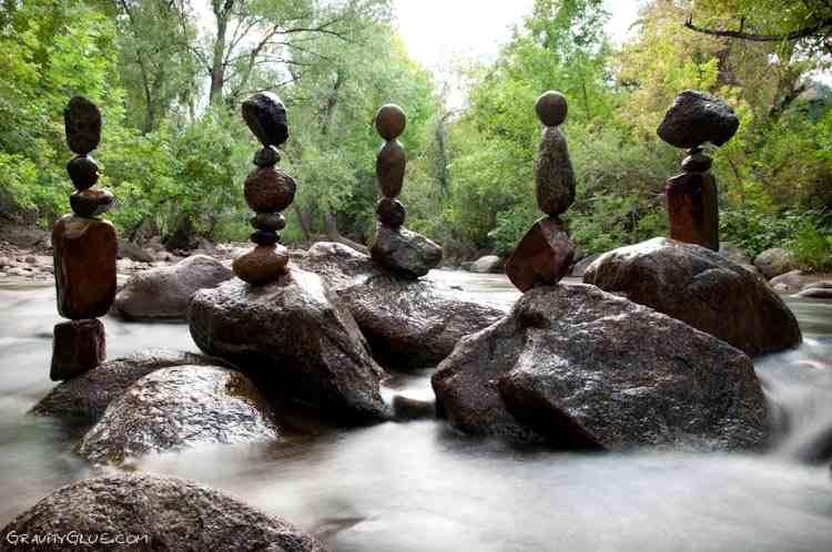 Seni Keseimbangan Batu sepuluh