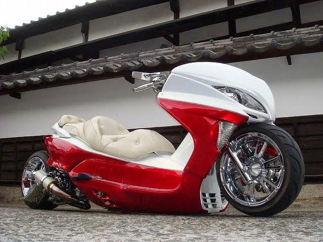 Modifikasi Honda Forza Low Rider