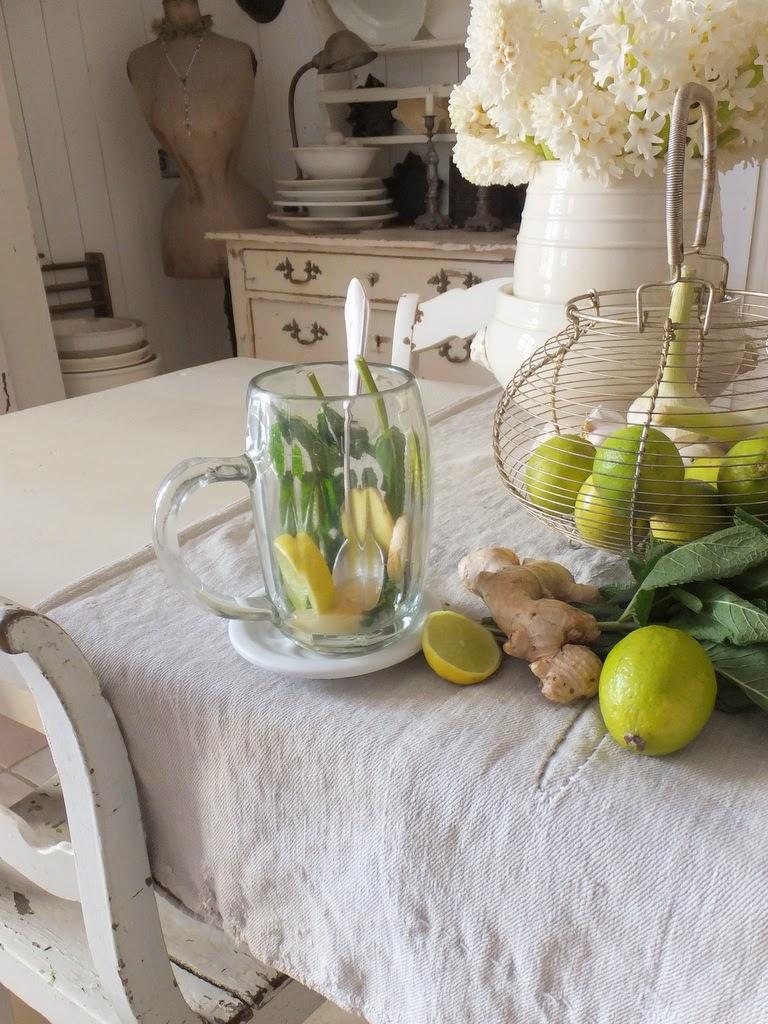 princessgreeneye marktjunkie sucht zwiebelsuppe. Black Bedroom Furniture Sets. Home Design Ideas