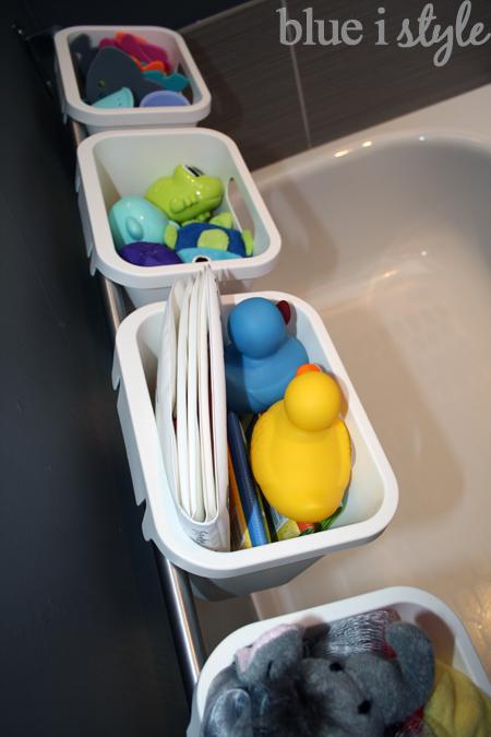 Bath tub toy storage