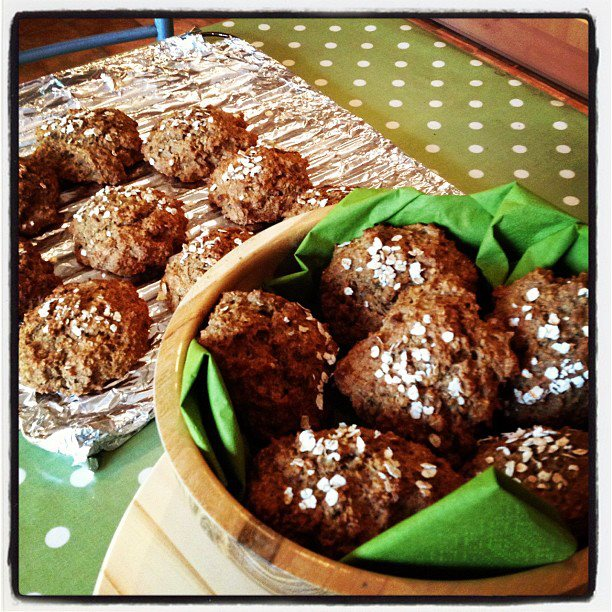 Claire's Kitchen Diary: Delicious Irish Oaten Soda Bread Rolls