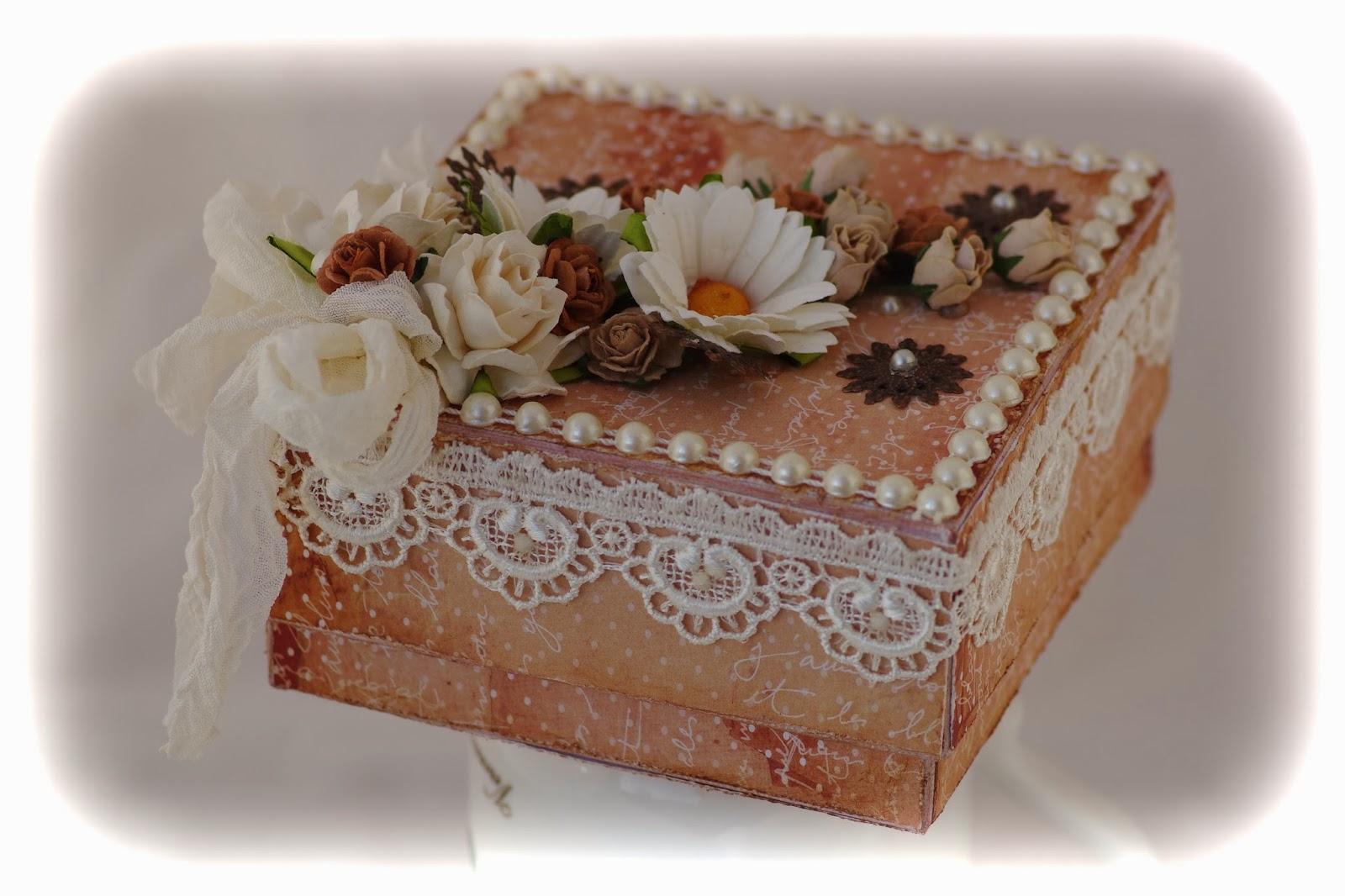http://amalianhaasteet.blogspot.fi/