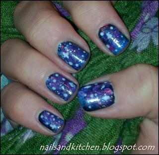 http://nailsandkitchen.blogspot.com/2013/11/paznokciowy-klub-tydzien-4-glaxy-nails.html