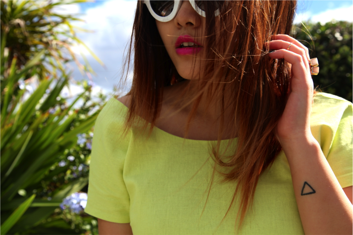 pink lipstick and neon dress on epique