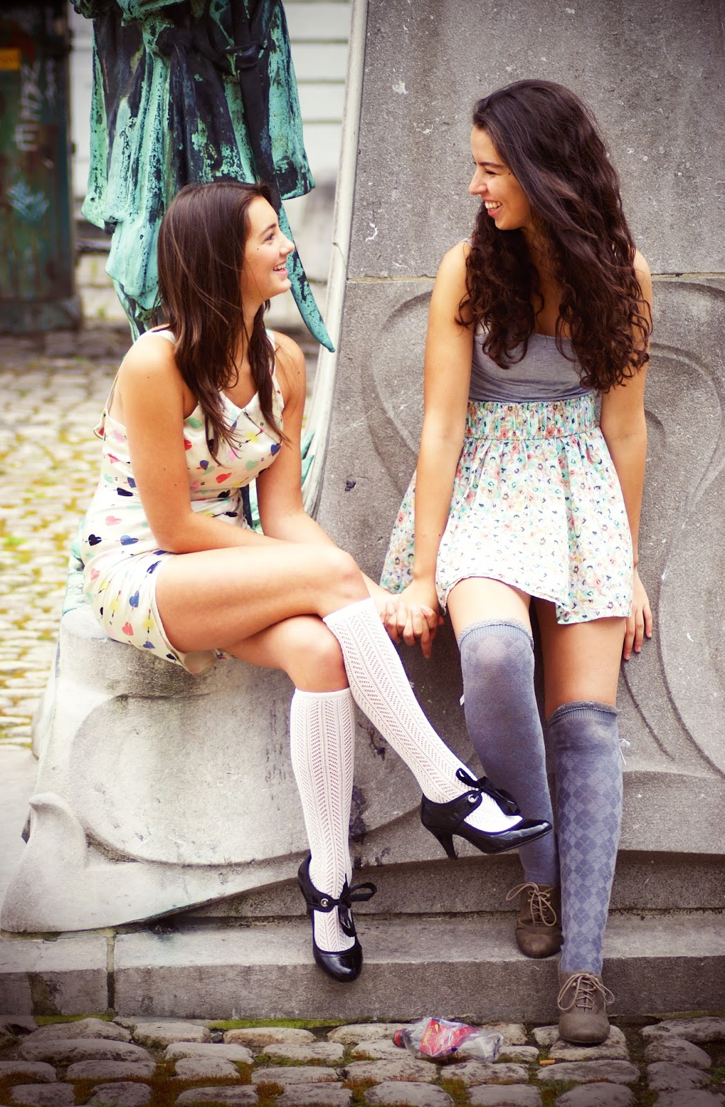 How To Get The Best Images Out of Friendship Photoshoots - Louisa ...