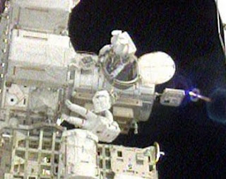 NASA to Train Future Spacewalkers